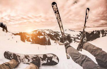 zima lyže snowboard